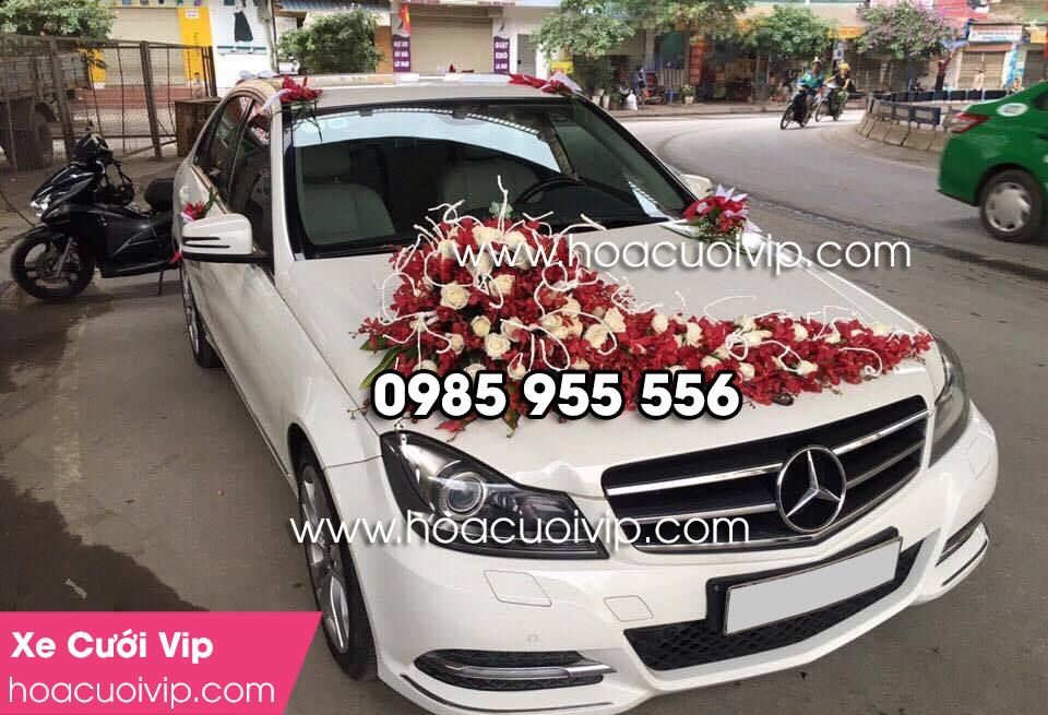 Thuê xe cưới mercedes C250 trắng 2014