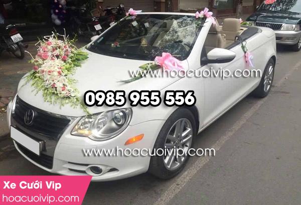 Thuê xe cưới Volvo mui trần trắng