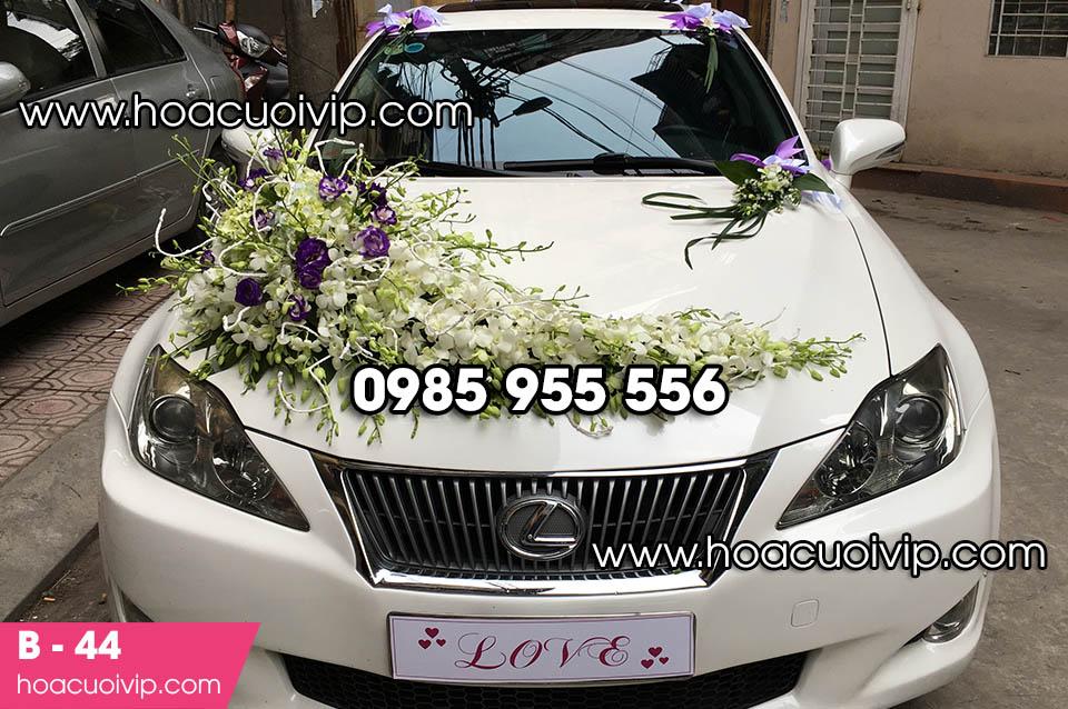 Bộ hoa trang trí xe cưới