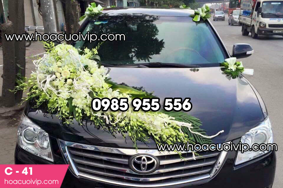 Hoa trang trí xe cưới đẹp