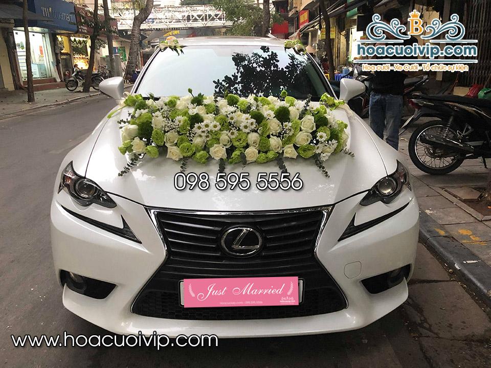 thuê xe cưới Lexus is250 2018 sedan màu trắng