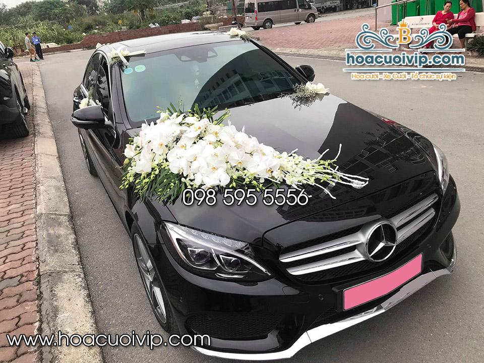 thuê xe cưới mercedes C300 2018 AMG màu đen