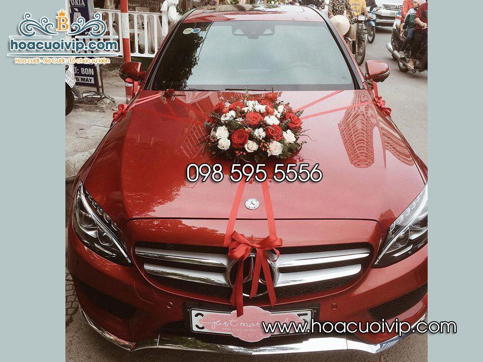 thuê xe cưới mercedes C300 2017 màu đỏ