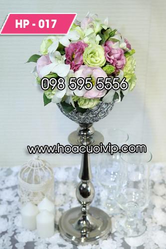 Hoa trang trí phòng cưới tân hôn