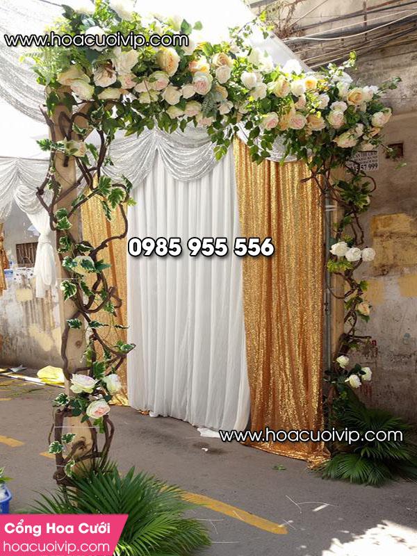 thuê cổng hoa cưới
