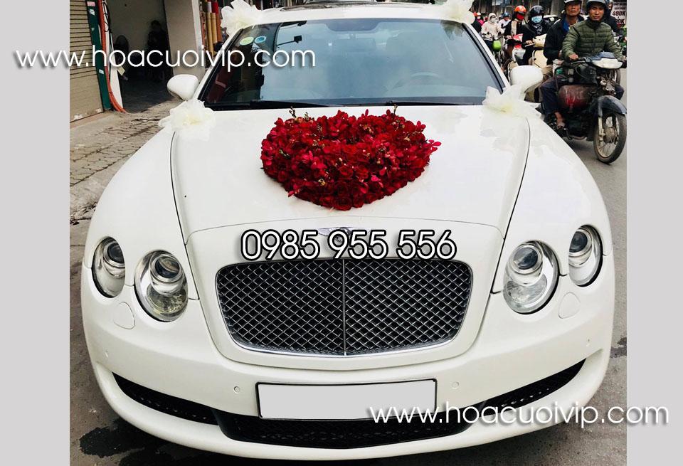 thuê xe cưới bentley flying trắng
