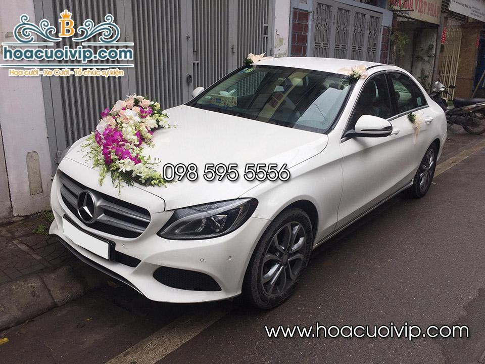 thuê xe cưới mercedes C200 2017 2018 màu trắng