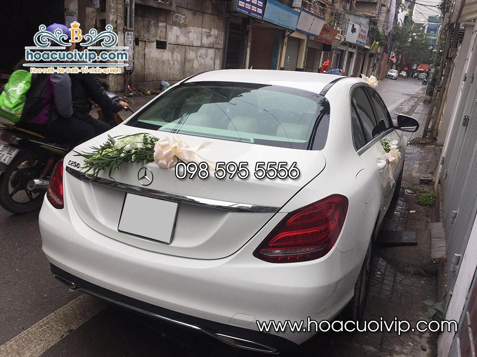 thuê xe cưới mercedes C200 trắng 2018