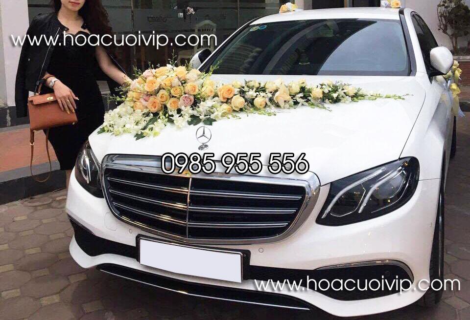 thuê xe cưới mercedes E300 trắng 2017