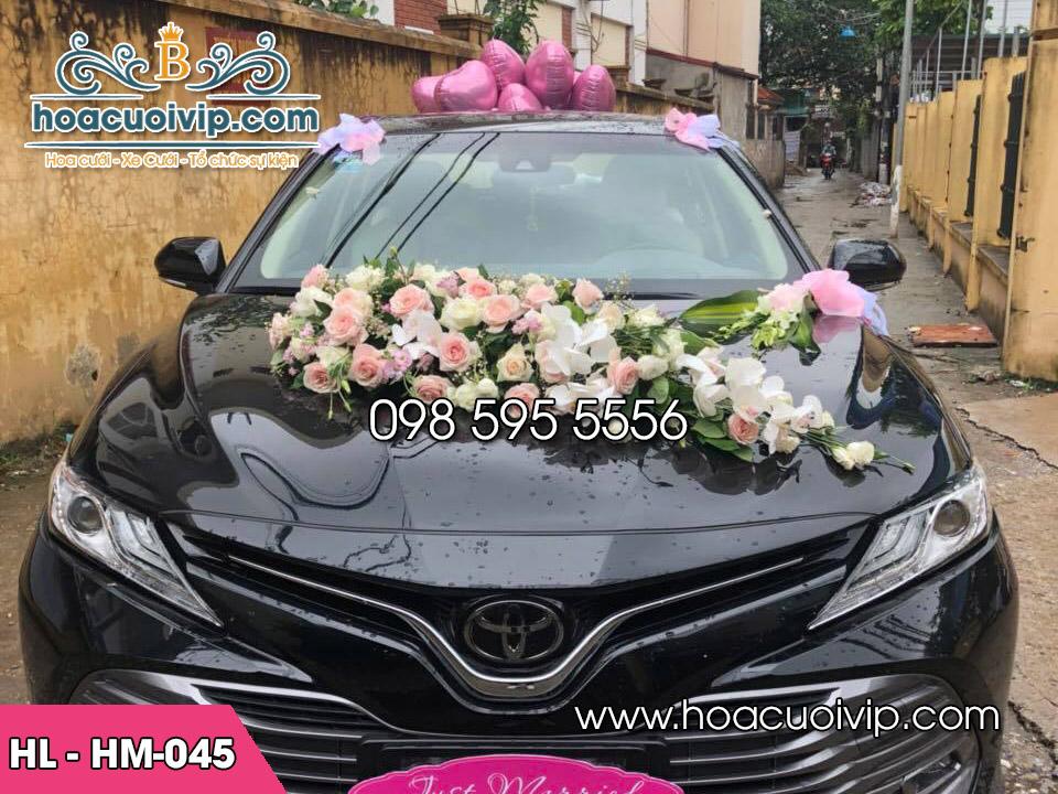 hoa lụa xe cưới