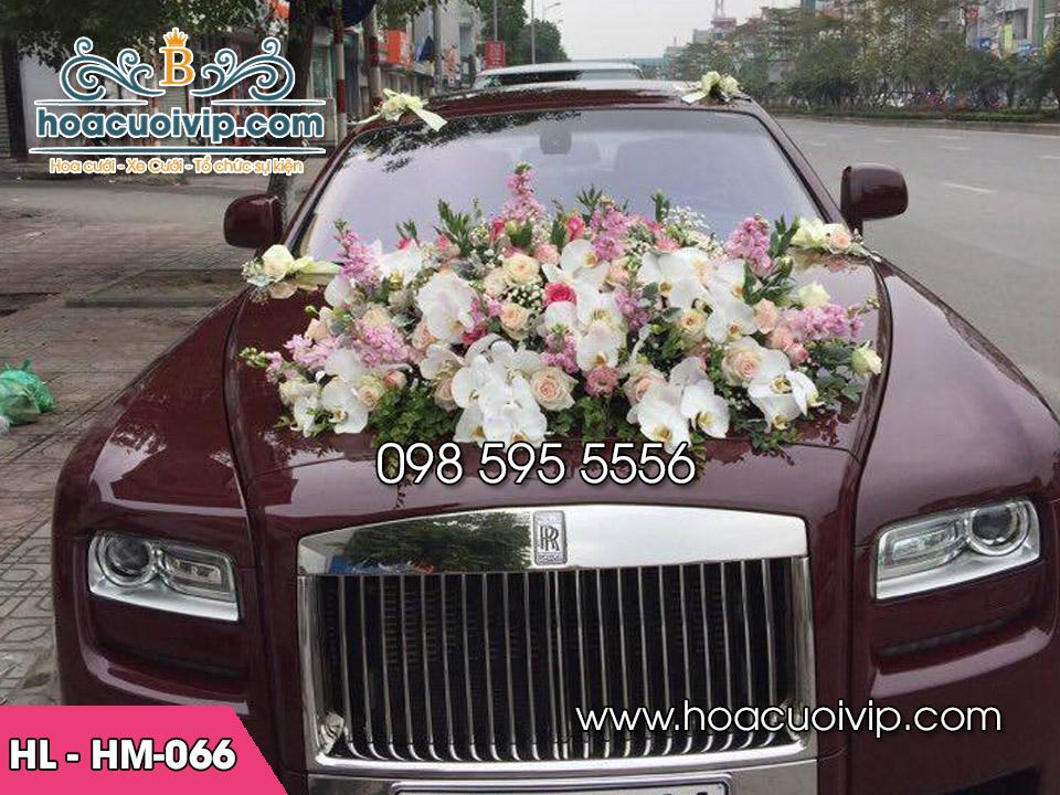 hoa lụa trang trí xe cưới