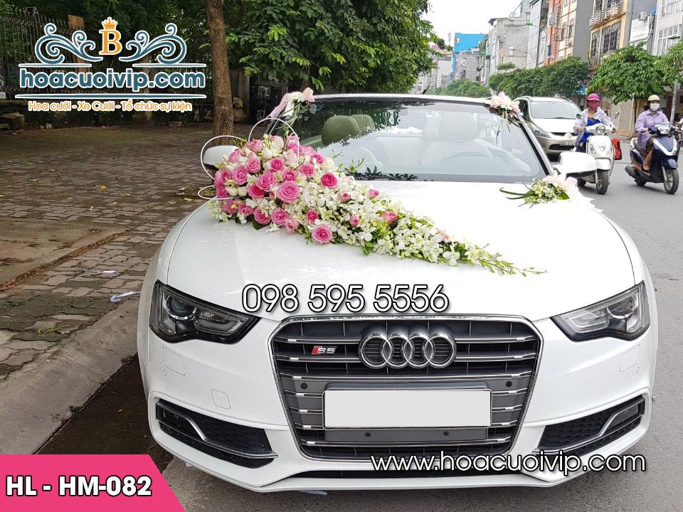 hoa giả trang trí xe cưới