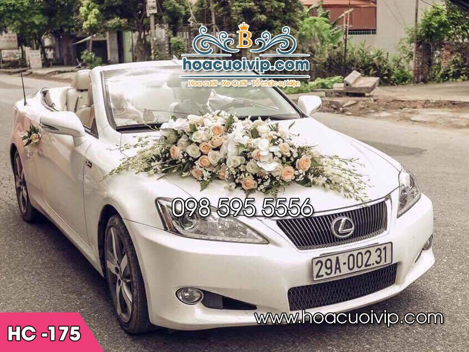trang trí xe cưới