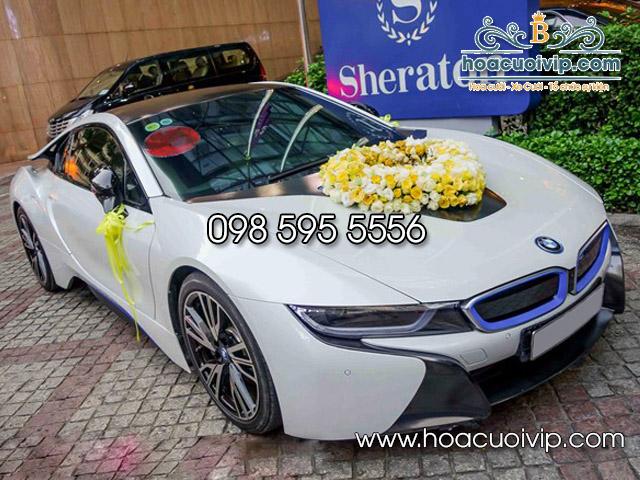 hoa cưới vip trang trí siêu xe BMW i8